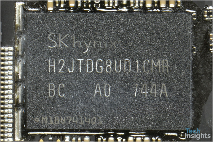 SK hynix H2JTDG8UD1CMR on the Apple HomePod Board